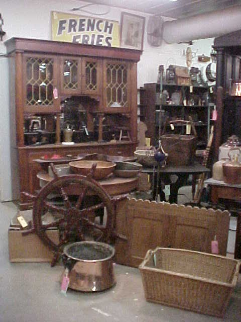 Green Oak Antiques One Of Indiana S Largest Independent Antique Stores